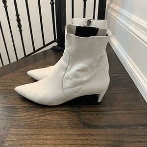 Italian White leather low heel boots - US10/EUR41